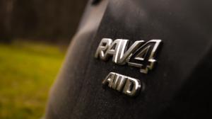 Toyota Rav4-2810