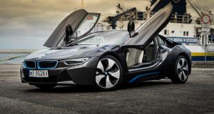 BMW i8-05191