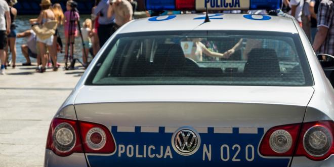 Policja radiowóz-00308