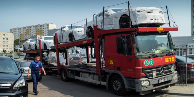 Pierwsza Dostawa Nowych Fordow Mustangow Do Euro Car W Gdyni Moto3m Pl