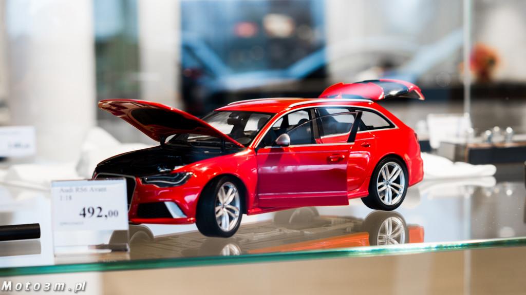 Miniatura Audi RS6 w skali 1:18 - 492 zł.