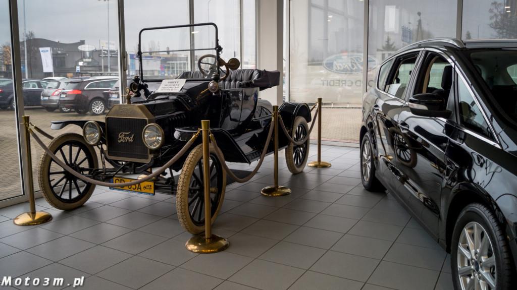 Klasyki w salonach - Ford BIG AutoHandel-08223