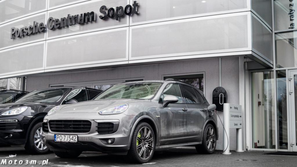 Stacja ładowania elektrycznych samochodów Porsche Sopot-09234