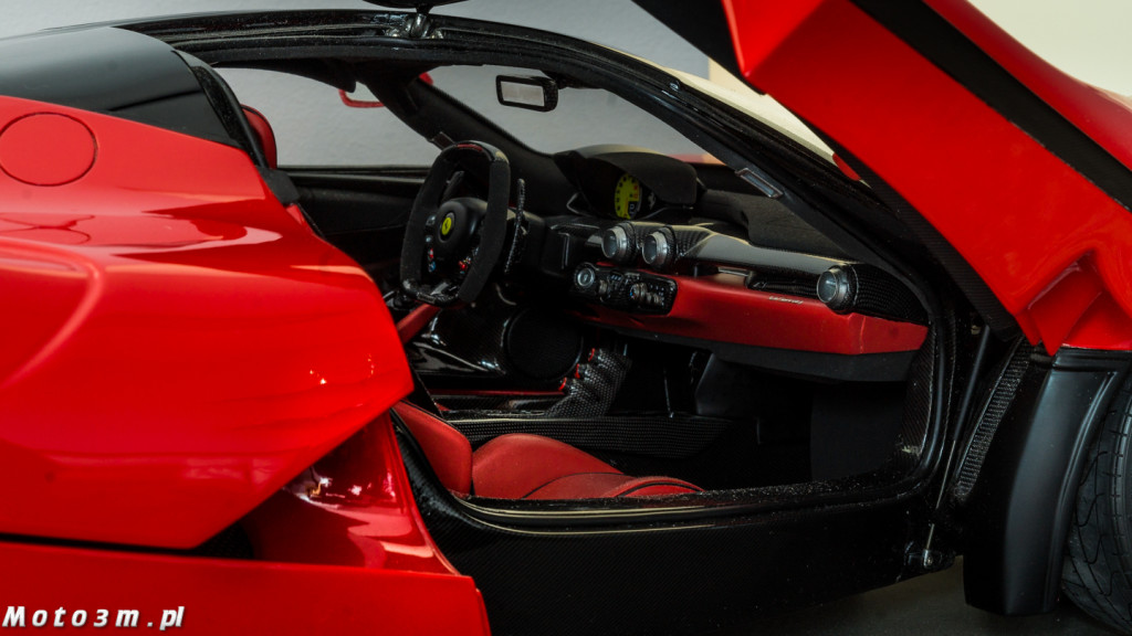 Ferrari LaFerrari Amalgam 1-8-09998