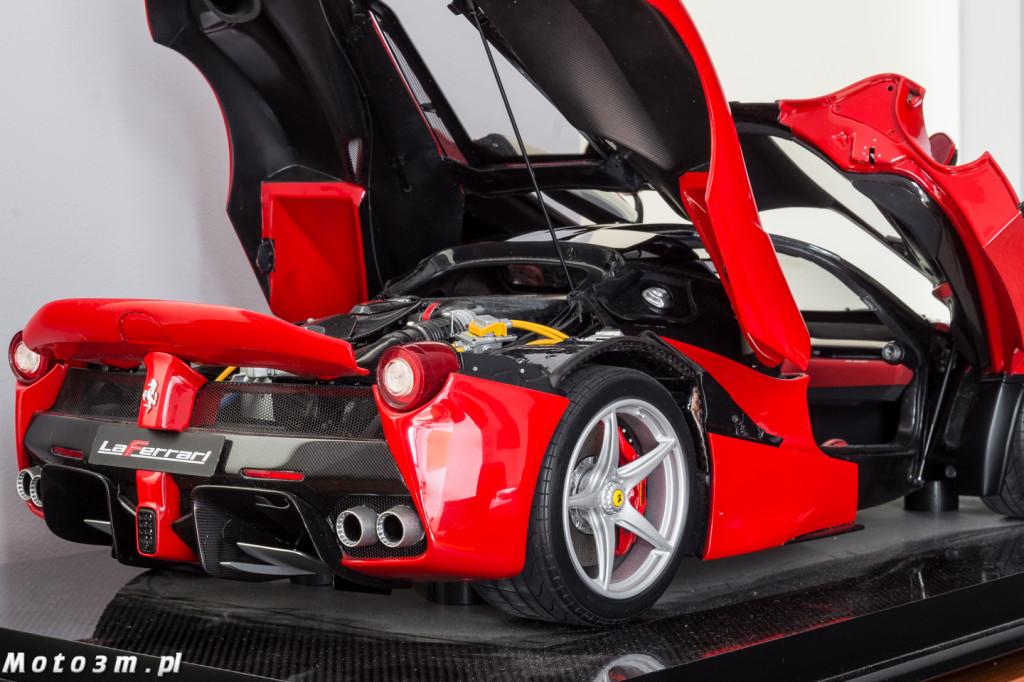 Ferrari LaFerrari Amalgam 1-8-09999