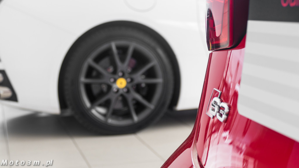 Porsche Approved Ferrari + Lamborghini-1210117