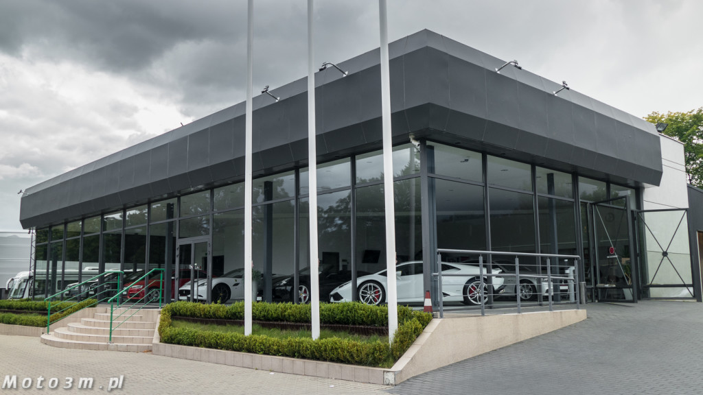 Porsche Approved Ferrari + Lamborghini-1210129