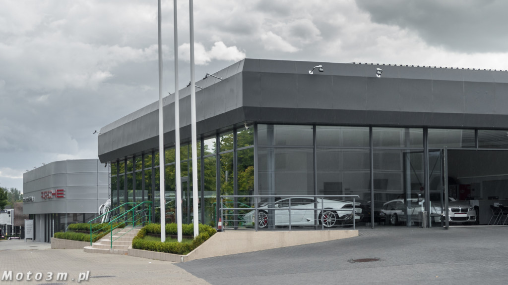 Porsche Approved Ferrari + Lamborghini-1210135