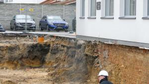 Teren budowy nowego salonu MB Witman