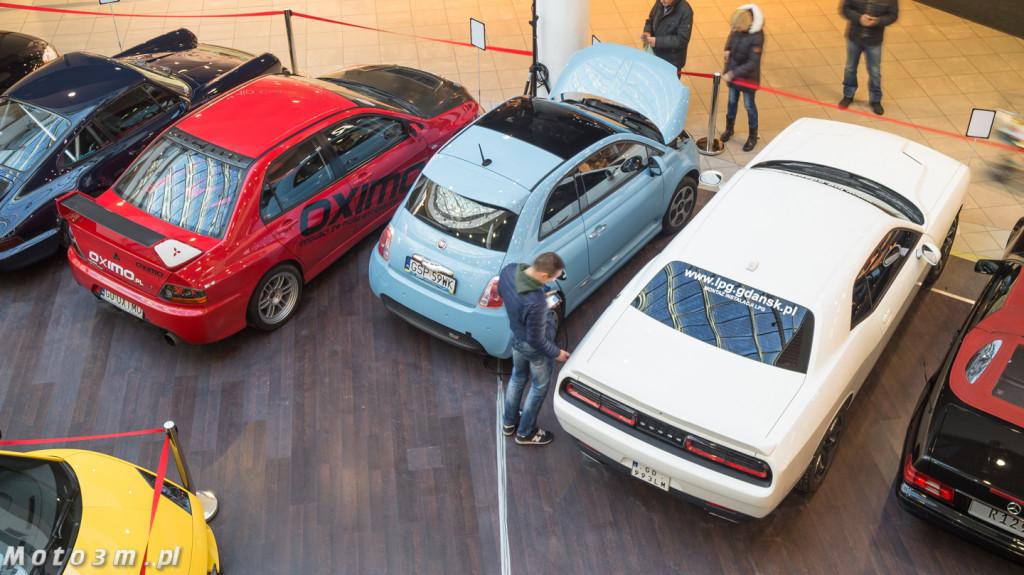 Wystawa samochodów sportowych w Galerii Przymorze-06855
