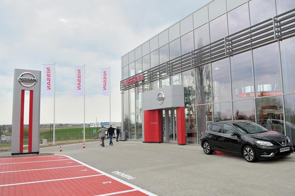 Przykład nowego standardu salonu w Szczecinie (fot. Nissan)
