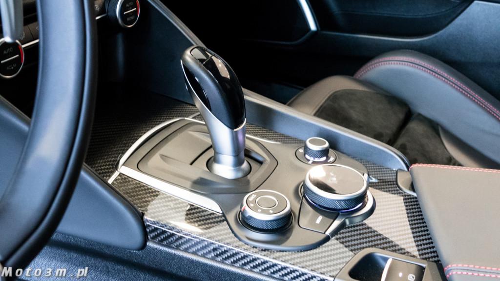 Alfa Romeo Gulia QV 510 KM w Auto-Mobil-1320738