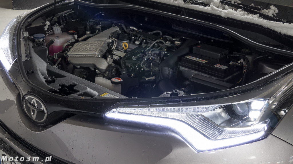 Toyota C-HR 1.2 T - Test Moto3m-1330229