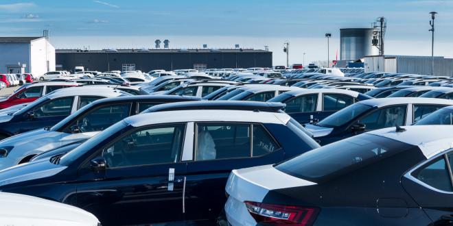 Samochody, stock, dealerzy, parking-1400311