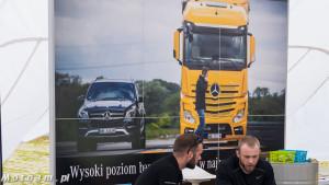 """""""Gwiazdy wydajnej jazdy"""" - rodzinny piknik w Mercedes-Benz Trucks Grupa Wróbel w Straszynie-1480606"""