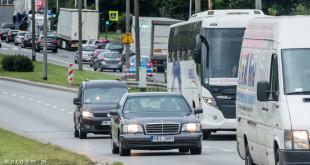 Korek, ulica, droga, ruch samochodów - Gdynia-1560271