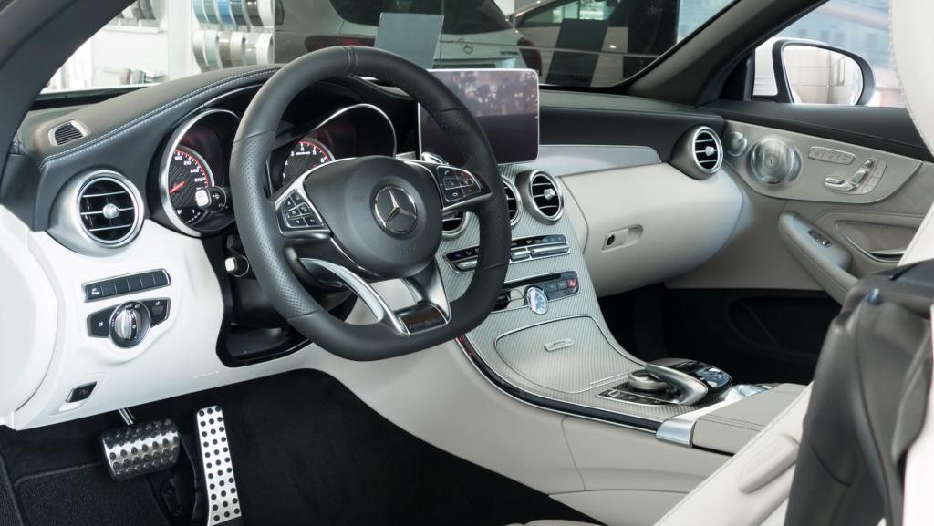Limitowany Mercedes-AMG C63 Cabrio Ocean Blue Edition w MB Witman-1560654