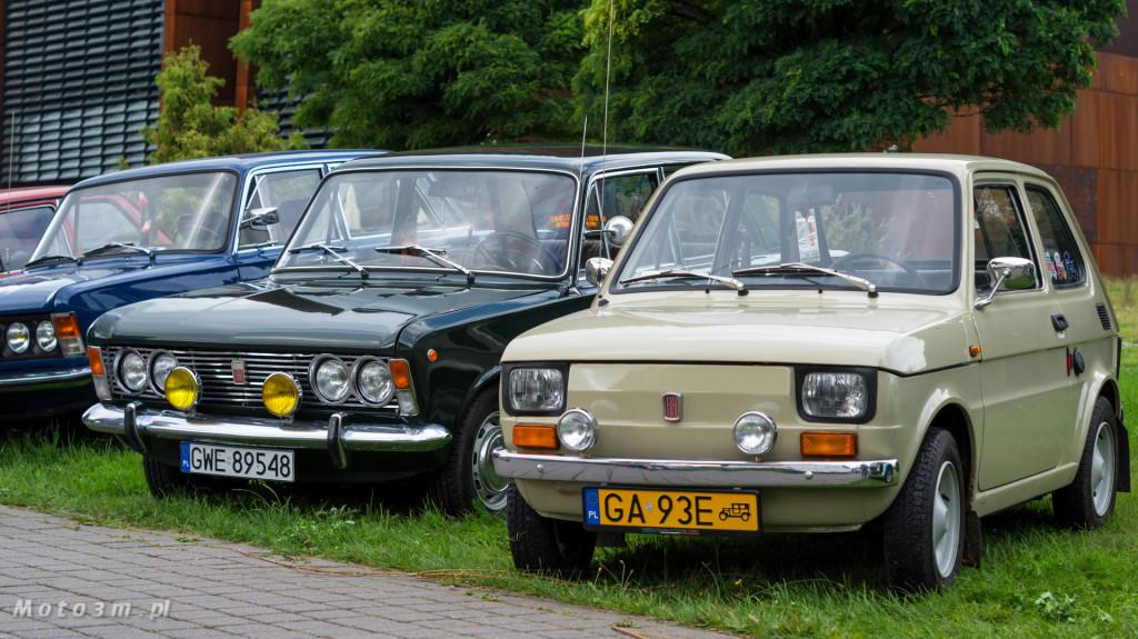 Wystawa polskich samochodów - FSO Pomorze w sali BHP w Gdańsku-09138