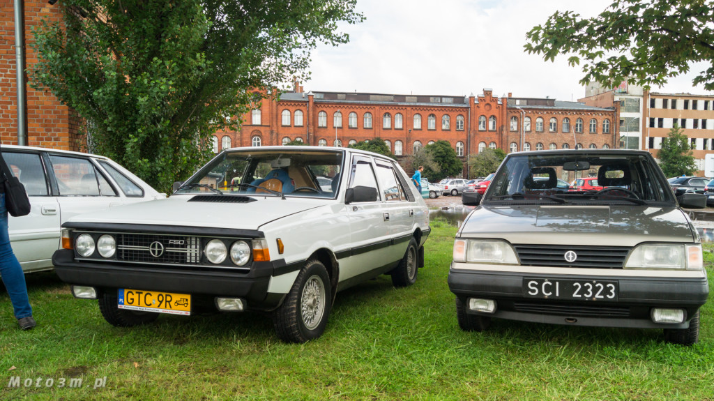 Wystawa polskich samochodów - FSO Pomorze w sali BHP w Gdańsku-09150