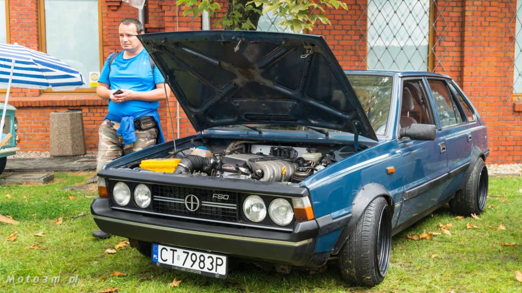 Wystawa polskich samochodów - FSO Pomorze w sali BHP w Gdańsku-09165