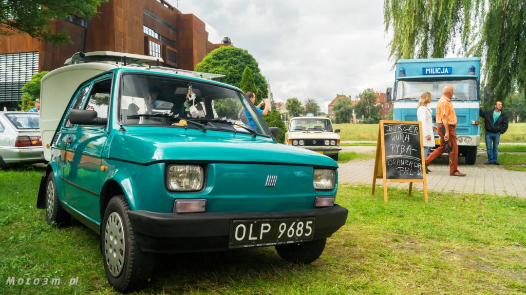 Wystawa polskich samochodów - FSO Pomorze w sali BHP w Gdańsku-09179