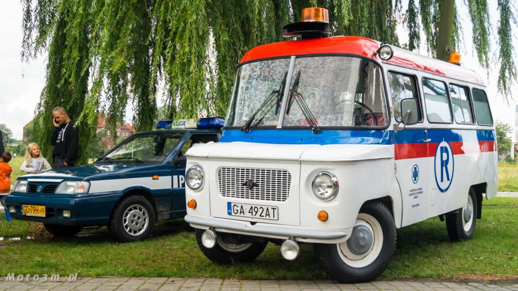 Wystawa polskich samochodów - FSO Pomorze w sali BHP w Gdańsku-09199