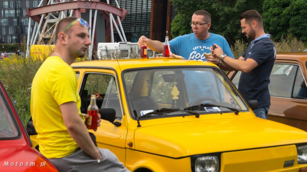 Wystawa polskich samochodów - FSO Pomorze w sali BHP w Gdańsku-09206