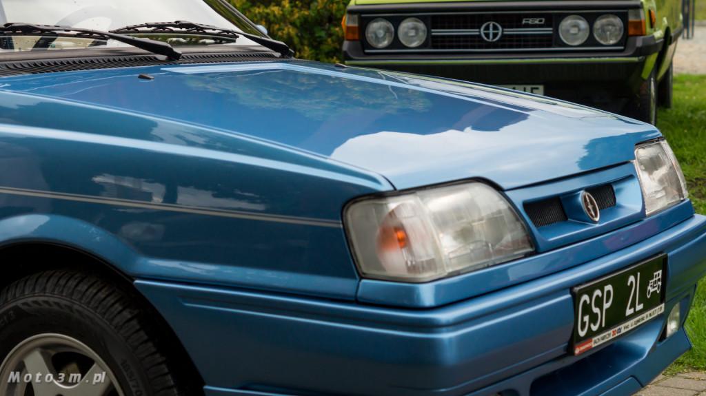 Wystawa polskich samochodów - FSO Pomorze w sali BHP w Gdańsku-09232