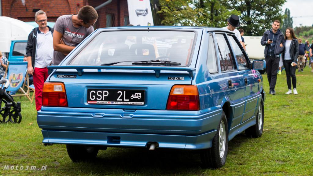 Wystawa polskich samochodów - FSO Pomorze w sali BHP w Gdańsku-09235