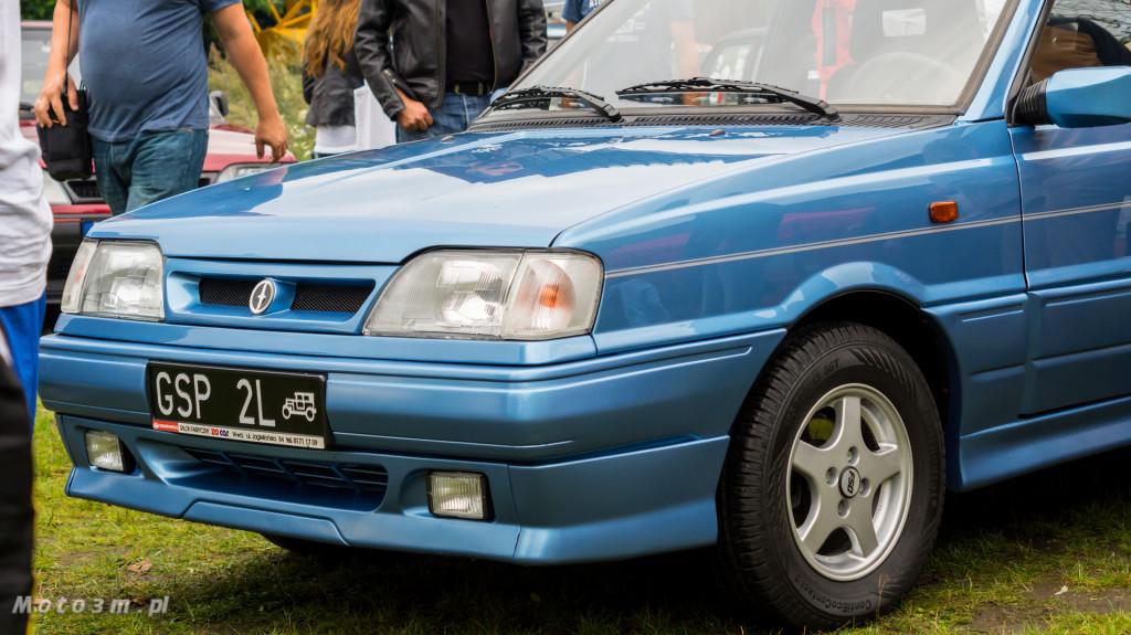 Wystawa polskich samochodów - FSO Pomorze w sali BHP w Gdańsku-09240