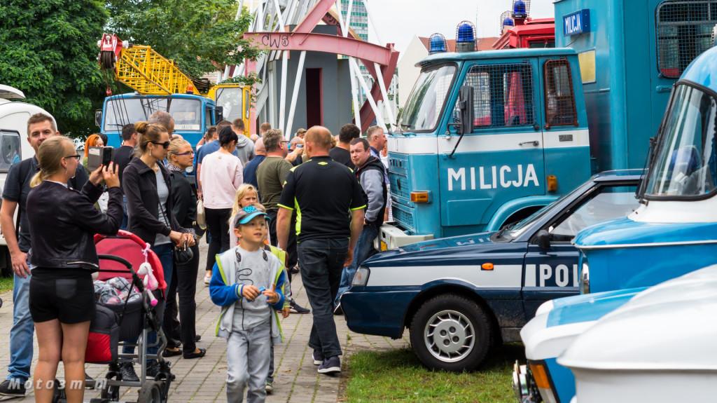 Wystawa polskich samochodów - FSO Pomorze w sali BHP w Gdańsku-09247