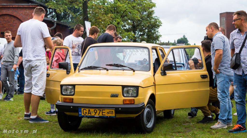 Wystawa polskich samochodów - FSO Pomorze w sali BHP w Gdańsku-09249