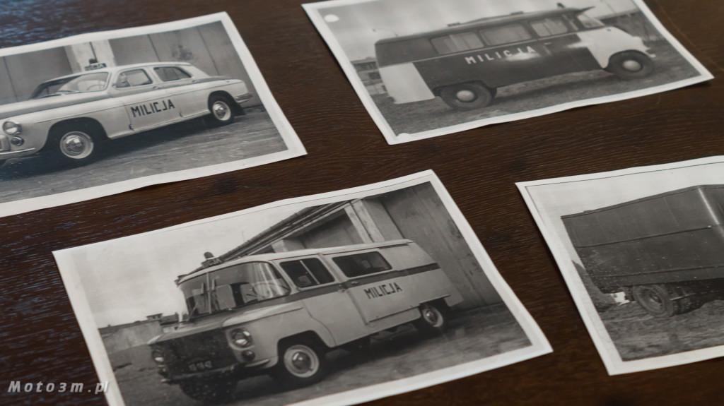 Wystawa polskich samochodów - FSO Pomorze w sali BHP w Gdańsku-09256