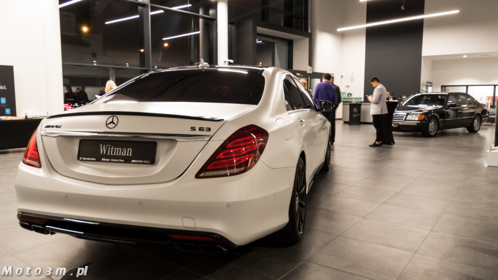 Nocne Jazdy nowym Mercedesem Klasy S w Mercedes-Benz Witman-1590034