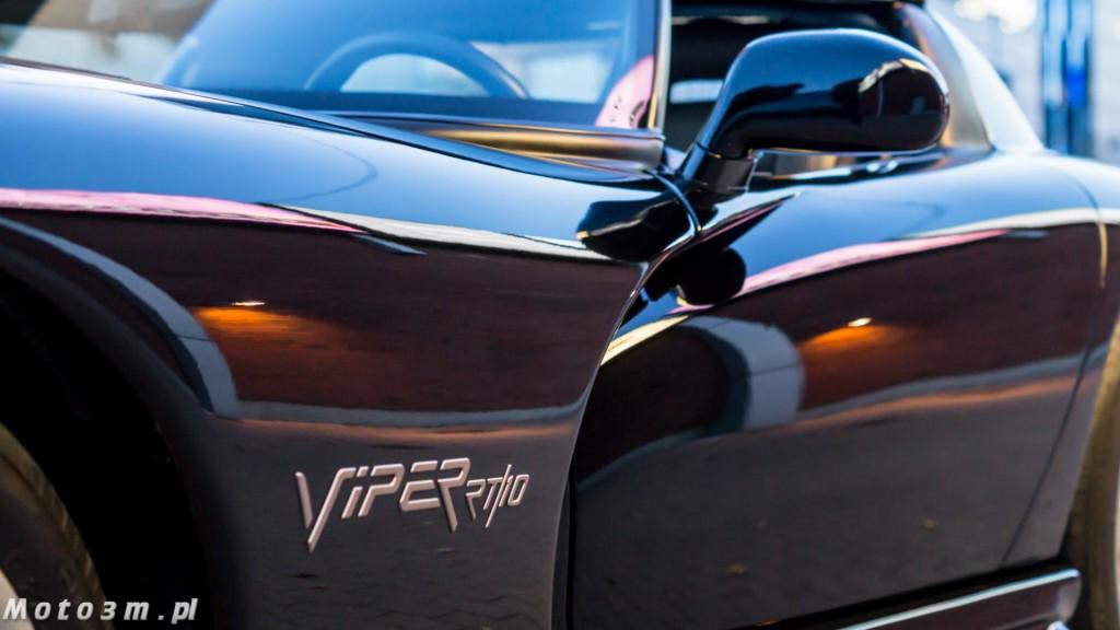 Supersamochody z trzech kontynentów - 911 vs. Viper RT10 vs. Skyline R33-00173