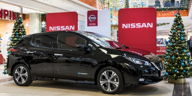 Nowy Nissan Leaf przedpremierowo zaprezentownay przez Zdunek KMJ w Galerii Bałtyckiej-1670543