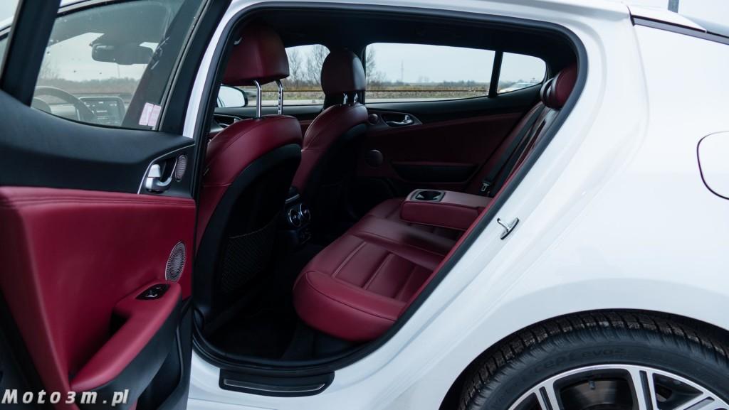 KIA Stinger GT 3.3 V6 370 KM - test Moto3m-1680034