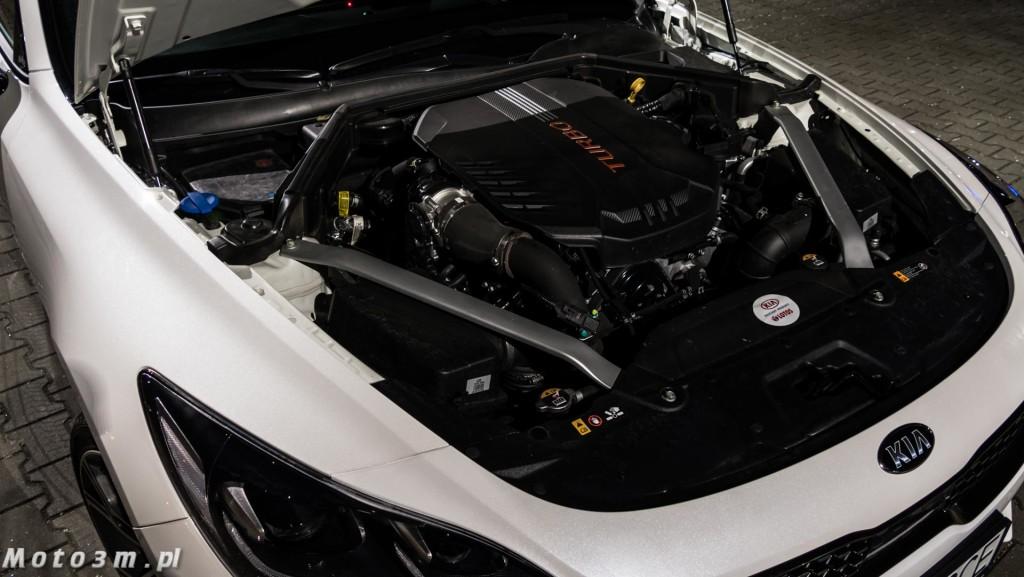 KIA Stinger GT 3.3 V6 370 KM - test Moto3m-1680050