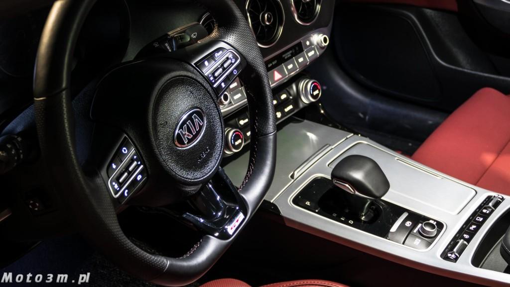 KIA Stinger GT 3.3 V6 370 KM - test Moto3m-1680054