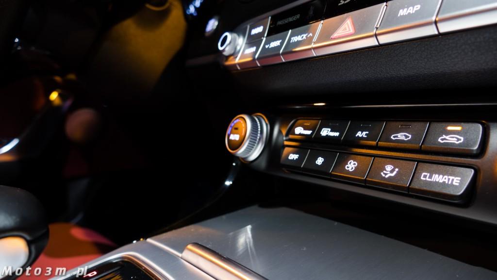 KIA Stinger GT 3.3 V6 370 KM - test Moto3m-1680072