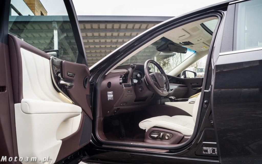 Lexus LS500h  - test Moto3m -04001