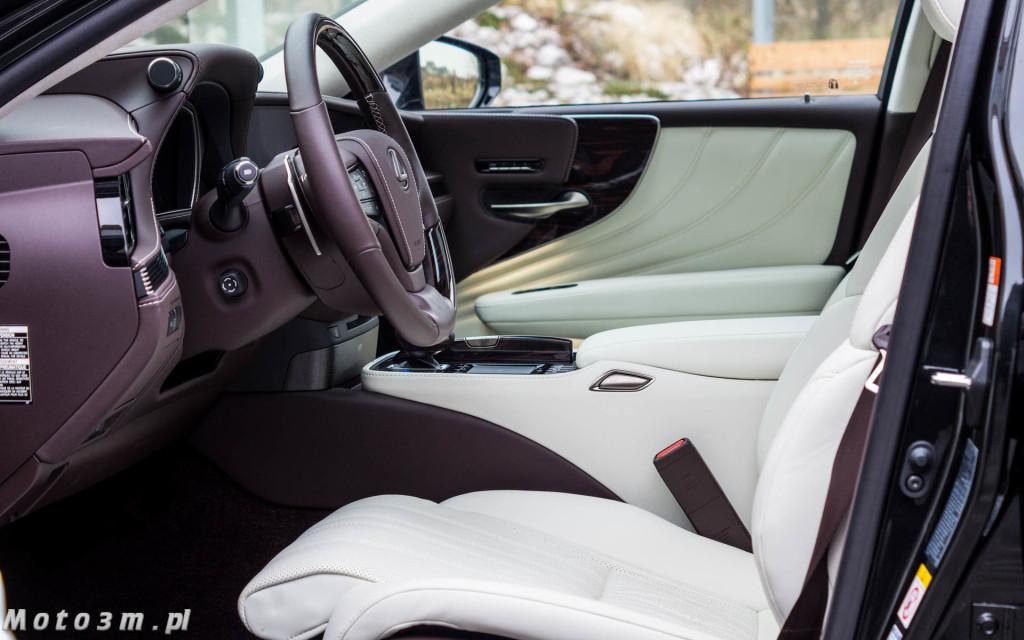 Lexus LS500h  - test Moto3m -04009