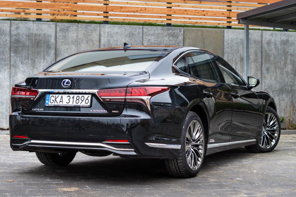 Lexus LS500h  - test Moto3m -04031