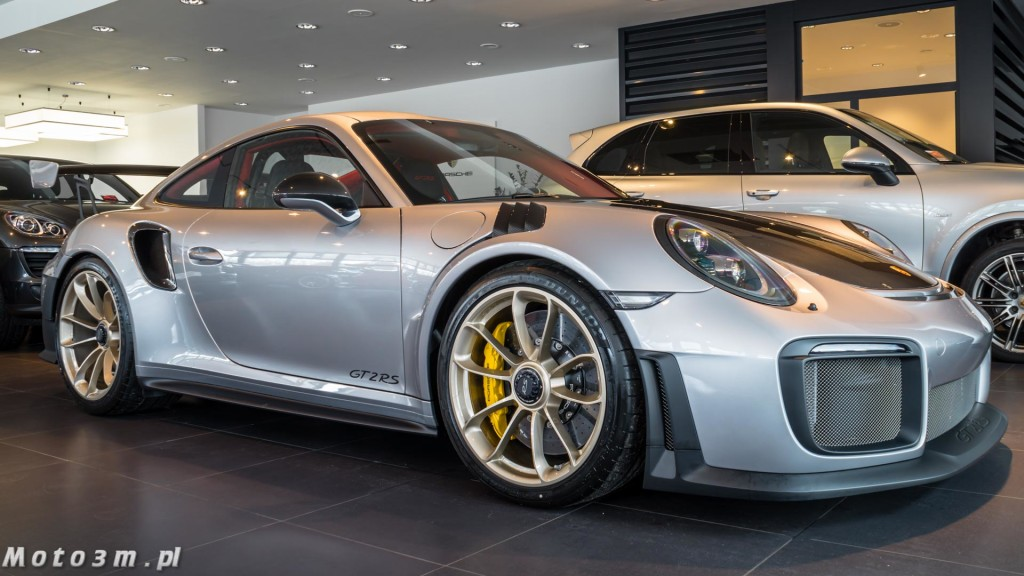 Porsche 911 (991.2) GT2 RS w Porsche Centrum Sopot-05937