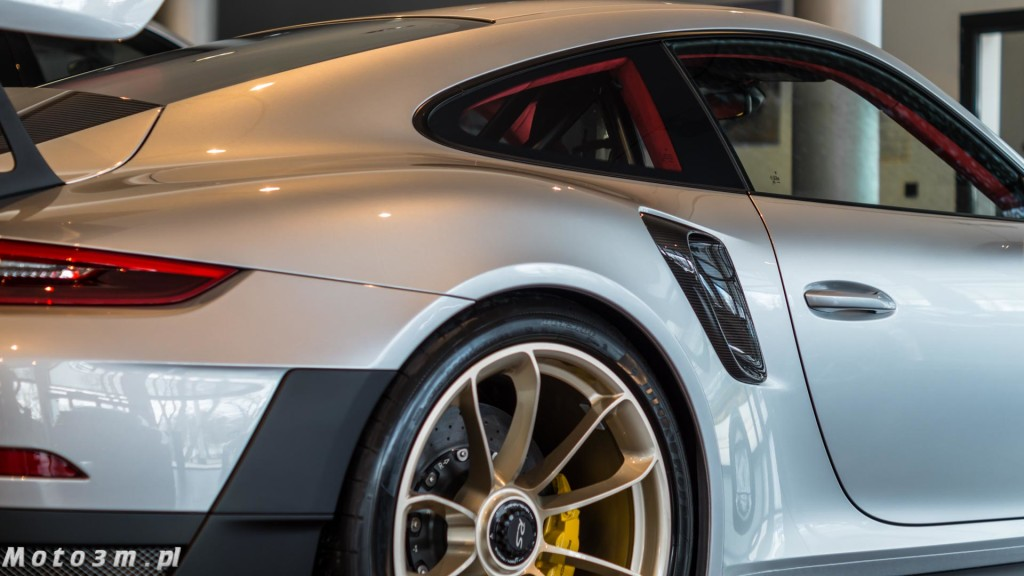 Porsche 911 (991.2) GT2 RS w Porsche Centrum Sopot-05974