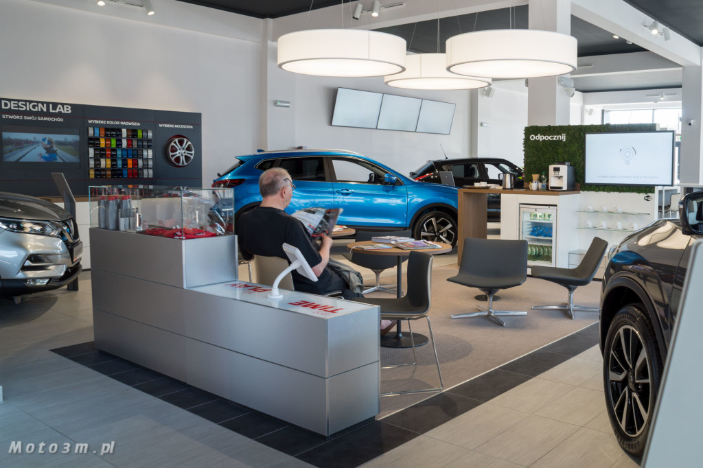 Nowe oblicze salonu Nissan Zdunek KMJ w Gdyni-07011