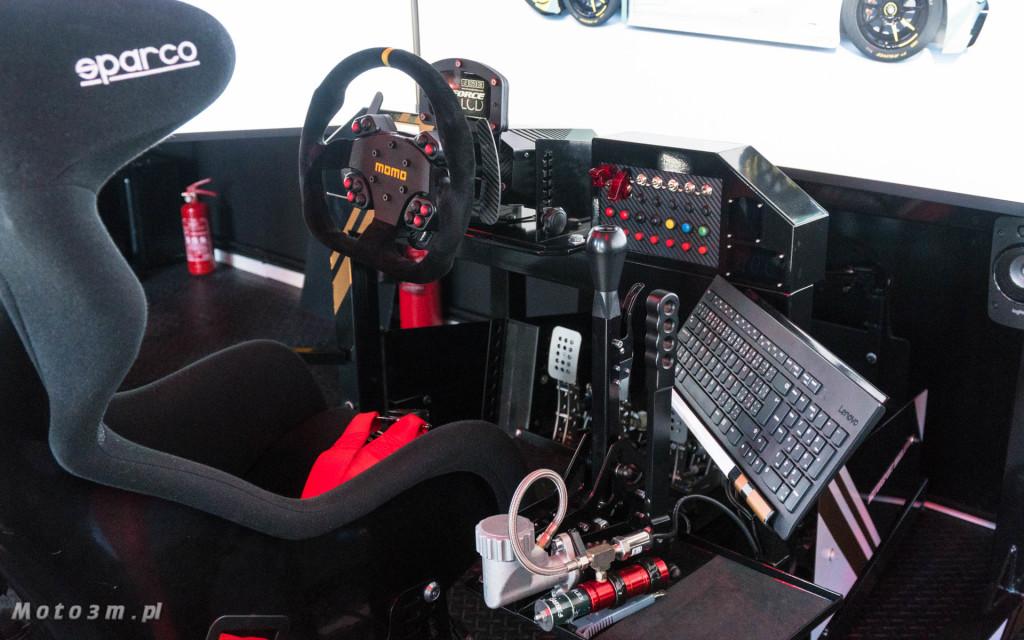 Profesjonalny symulator jazdy RagnarSimulator w Gdyni-00049