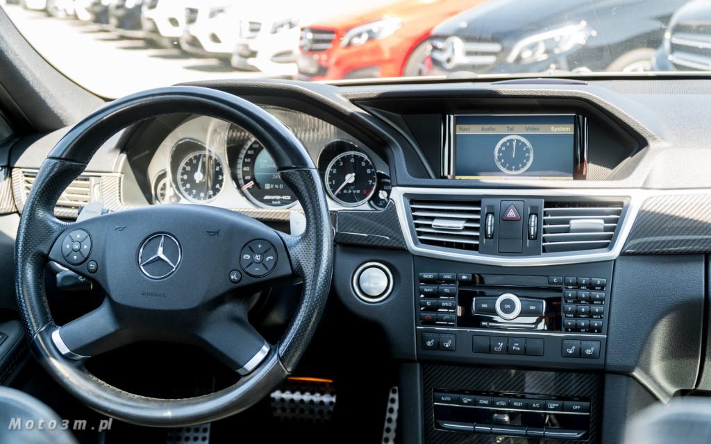 Pomnik spalinowej motoryzacji - Mercedes-AMG E63 W212-8232256