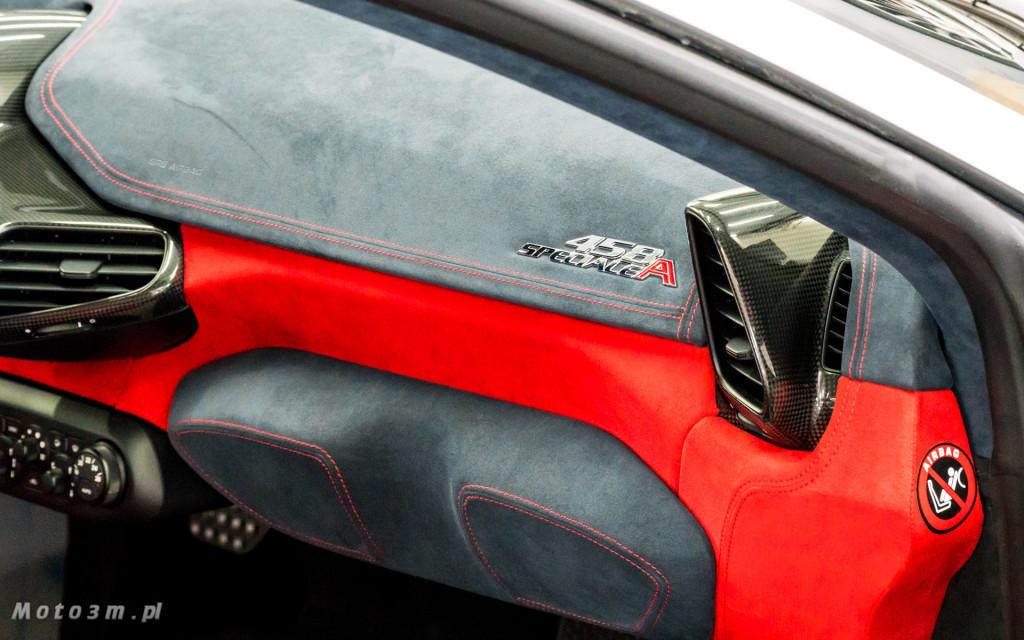 Ferrari 458 SAperta i Aston Martin DBS w Car SPA Gdynia-5935