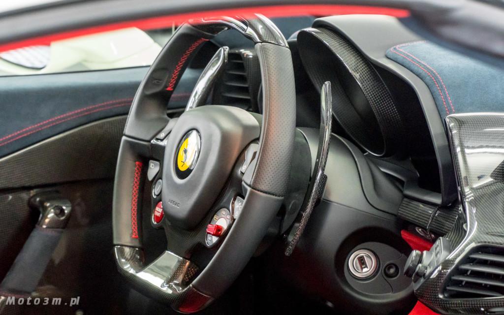 Ferrari 458 SAperta i Aston Martin DBS w Car SPA Gdynia-5937